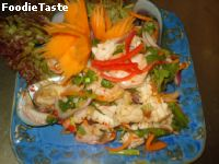 ยำทะเล (Spicy seafood Salad)